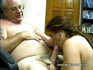 Russian amateur couple creampie min